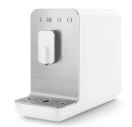 smeg-bcc01whmeu-volautomatische-koffiemachine